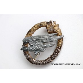 Army paratrooper badge by F. Linden, unique 1st pattern