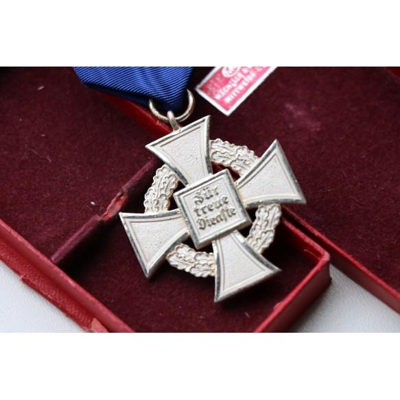 25 year civil service cross in box by Wächtler & Lange