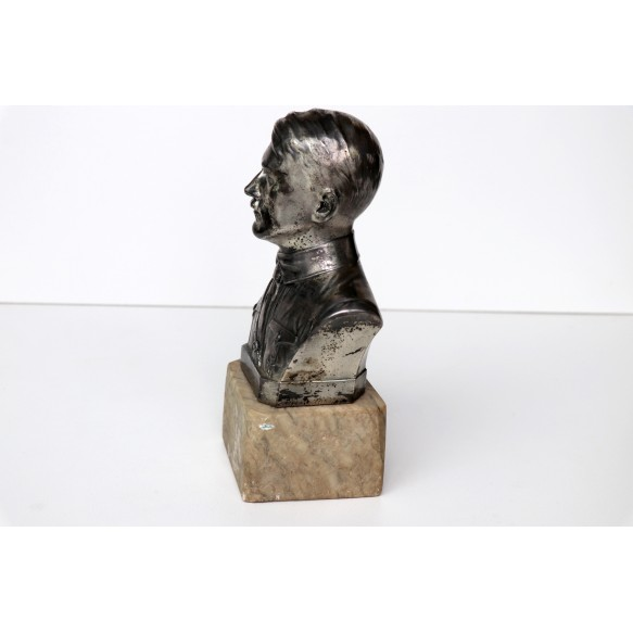 Adolf Hitler breast statue by Schmidt Hofer