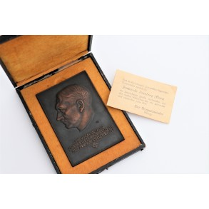 Bronzed AH plaque awarded to wounded soldiers by the city Ilsenburg (Harz) + box 1944