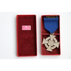 25 year civil service cross + box.