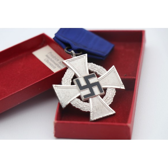 25 year civil service cross in box by Friedrich Keller + box