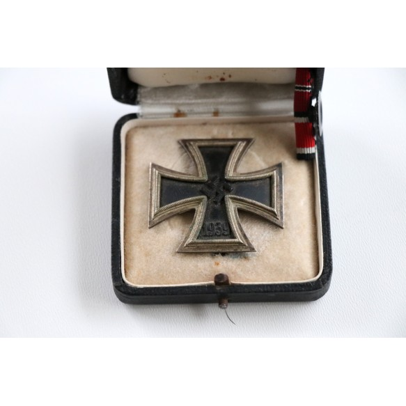 "Iron cross Iron cross 1st class by W. Deumer ""3"" + BOX"