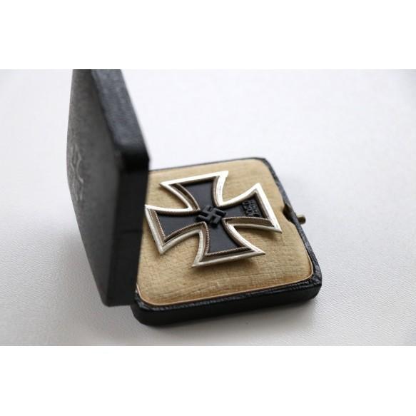 Iron Cross 1st class by Schauerte & Höhfeld + BOX
