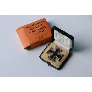 1939 Iron cross 1st class by F. Orth + box + Outhern carton