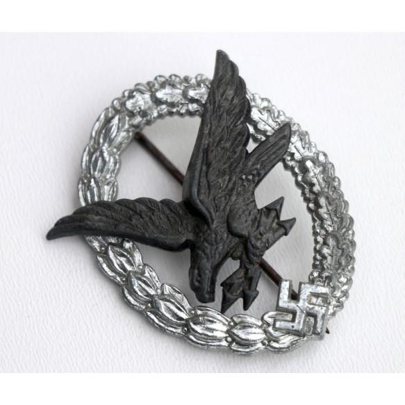 Luftwaffe airgunner badge by Berg & Nolte
