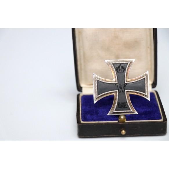 WW1 Iron cross 1st class by Walter Schott, Berlin + BOX