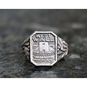 "Period ""Westwall"" ring"