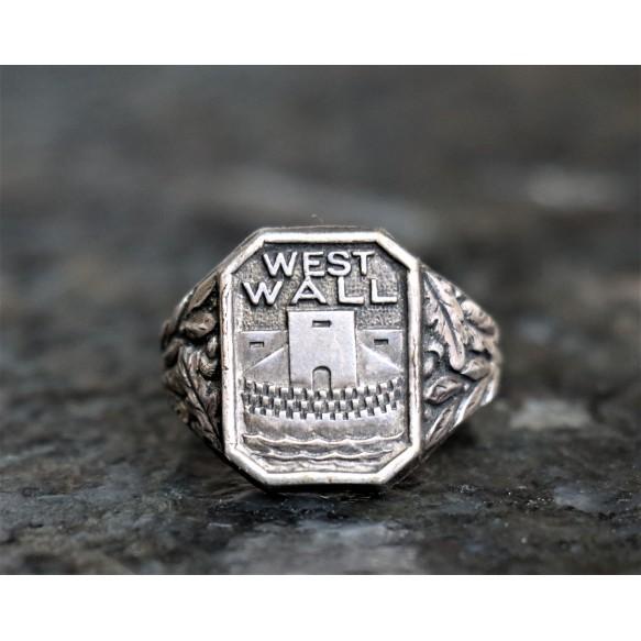 "Period ""Westwall"" ring"