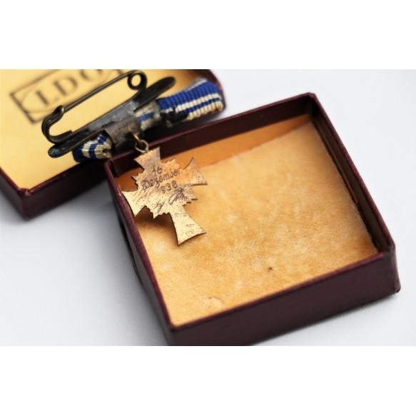 "Mother cross in bronze miniature by Otto Schickle ""L/15"" + LDO box"