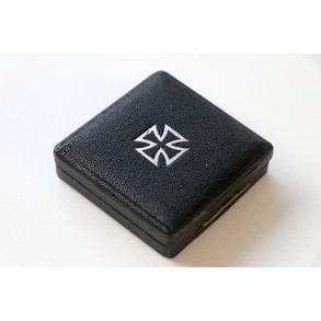 Iron cross 1st class box, square push button