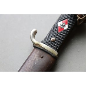 "HJ dagger by Arthur Schuttelhofer & Co., Solingen ""M7/13"""
