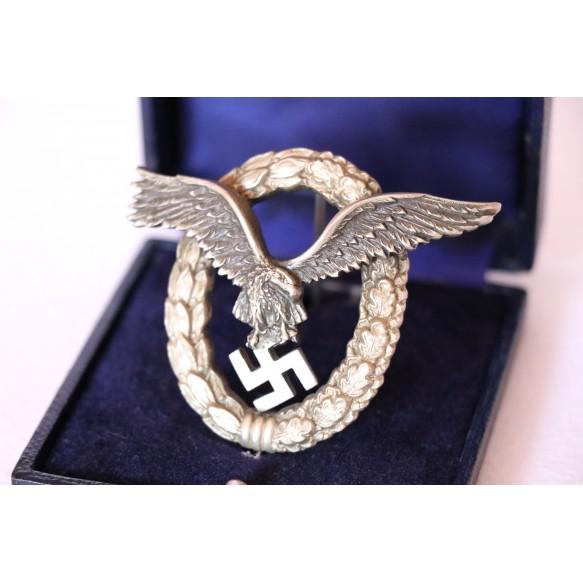 Luftwaffe pilot badge by IMME Berlin + box