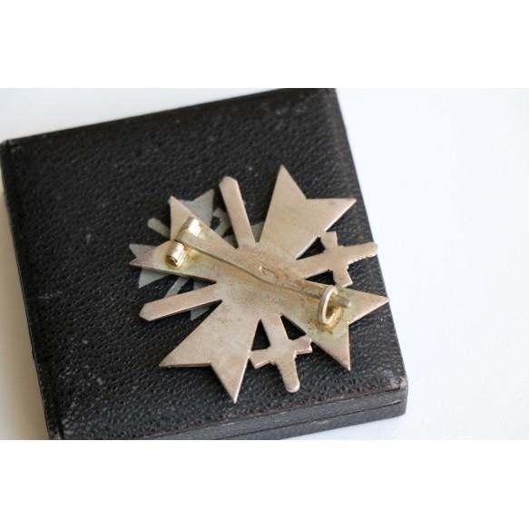 """War Merit Cross 1st class with swords by Deschler & Sohn """"1"""" + BOX"""