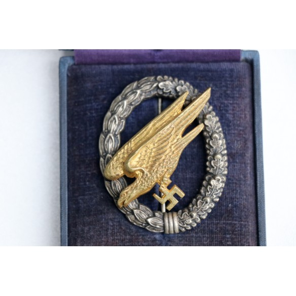 Luftwaffe paratrooper badge by C.E. Juncker + box