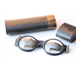 "Luftwaffe pilot glasses ""Splitterschützbrille"" + case"