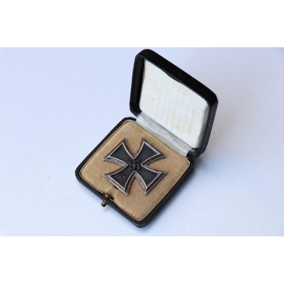 "Iron cross 1st class by C.F. Zimmermann double mark ""20""+""L/52"" + box"
