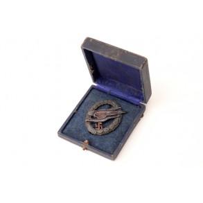 """Luftwaffe paratrooper badge by F.A. Assmann & Söhne """"A"""" + box"""