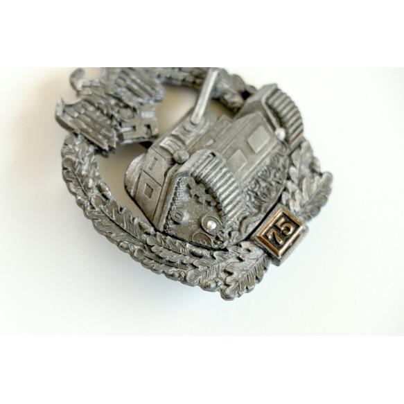 Panzer assault badge in bronze 75 assaults by C.E. Juncker