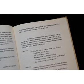 "Period book ""Das Eiserne Kreuz 1913/1939"" by Kurt Bauch 1941 RARE"