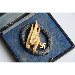 Luftwaffe paratrooper badge by Gebr. Wegerhoff + box