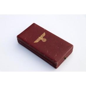 1. October 1938 Czech annexation medal with Prague bar + box + ribbon bar
