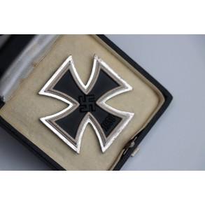Iron cross 1st class by Steinhauer & Lück + BOX MINT