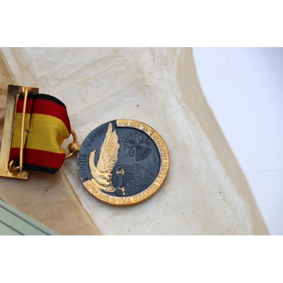 Spanish campaign medal 1936-1939 + box