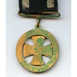 Enameled 1914 iron cross watch hanger