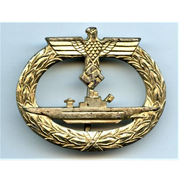 Kriegsmarine U-boat badge by Petz & Lorenz