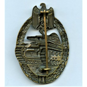 Panzer assault badge in bronze by Paul Meybauer