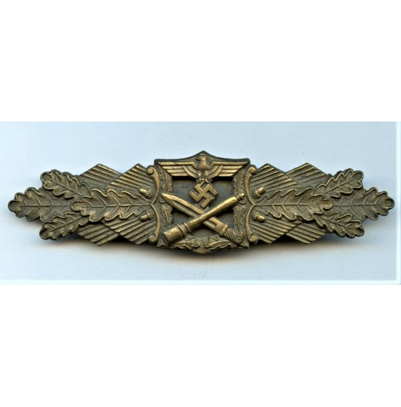 Close combat clasp in bronze by AGMuK MINT