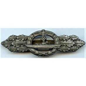 """Kriegsmarine U-boat front clasp in bronze by Schwerin Berlin """"1st pattern"""""""