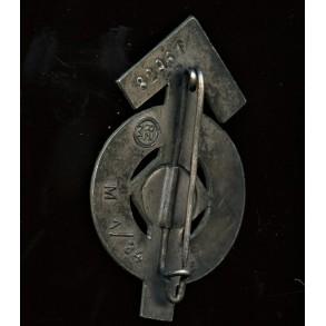 "HJ proficiency badge in silver by Karl Wurster ""M1/34"" nr 82961"