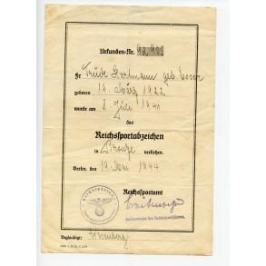 DRL sport badge award document to Trüde Hartmann, 19.5.1944