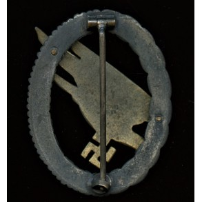 Luftwaffe paratrooper badge by G.H. Osang.