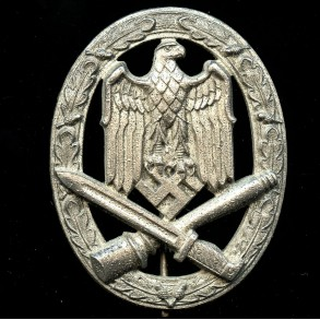 General assault badge by C.E. Juncker MINT