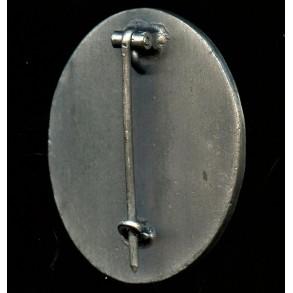 Wound badge in silver by Wilhelm Deumer