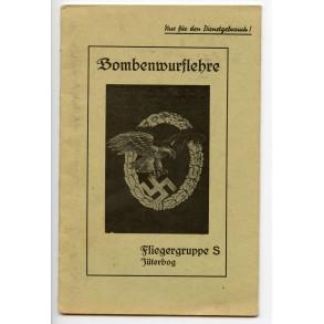 "Booklet ""Bombenwurflehre, fliegertruppe S, Jüterbog"""