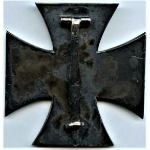 """Iron cross 1st class by Deschler & Sohn """"L/10"""""""