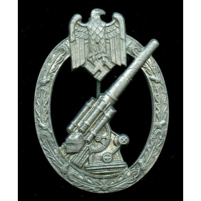 "Army flak badge ""pillow crimp"""
