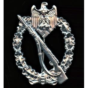 "Infantry assault badge in silver by Wilhelm Deumer ""vertical crimp"""