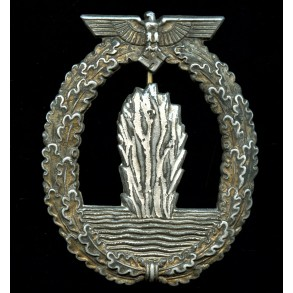 "Kriegsmarine minesweeper badge by ""LM"""