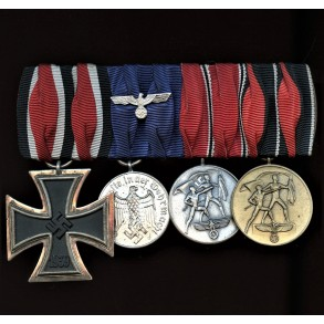 4 place medal bar with EK2, army 4 year service and annexation medals