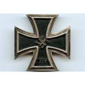 """Iron cross 1st class by Deschler & Sohn """"micro L/10"""""""