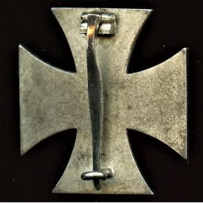 Iron cross 1st class by Rudolf Wächtler & Lange, Mittweida