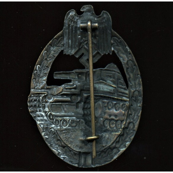 Panzer assault badge in silver by Paul Meybauer, 1st pattern cut out swas