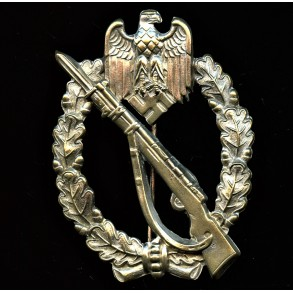 Infantry assault badge in silver by Paul Meybauer