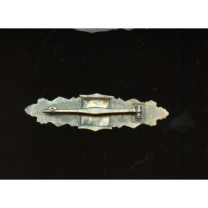 "Close combat clasp in bronze by Friedrich Linden ""FLL"""