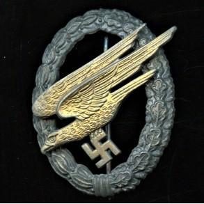 """Luftwaffe paratrooper badge by F.A. Assmann & Söhne """"L/64"""""""